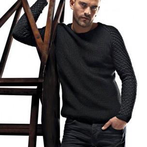 Мъжки пуловер с реглан ръкав на ромбове