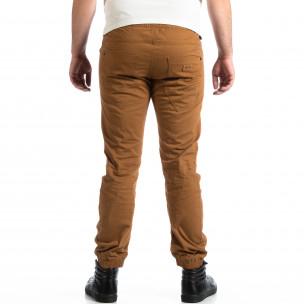 Мъжки Jogger панталон CROPP в цвят камел  2