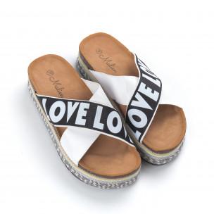 Бели дамски чехли на платформа LOVE  2