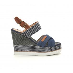 Дамски сандали син деним на висока платформа