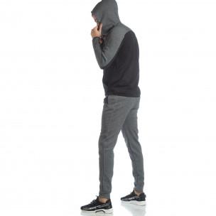 Сиво-черен спортен мъжки комплект с качулка