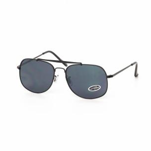 Слънчеви очила с черна метална рамка