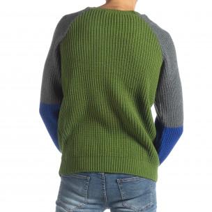 Мъжки пуловер в зелено, сиво и синьо  2