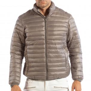 Леко мъжко ватирано яке в сиво