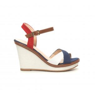 Дамски сандали в синьо, бяло и червено