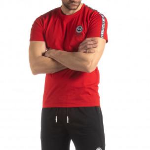 Червена мъжка тениска с лого кант