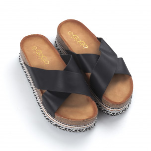 Дамски черни чехли с кръстосани каишки   2