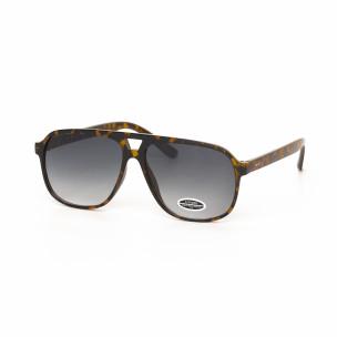 Рогови класически трапецовидни очила с преливане
