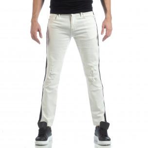 Ултрамодерни мъжки дънки в бяло с кантове  2