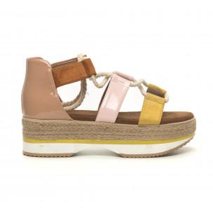 Дамски сандали морски дизайн в жълто и розово