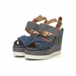 Дамски сандали син деним на висока платформа  2