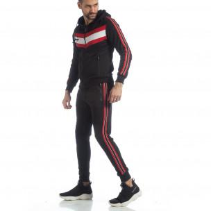 Черен мъжки спортен комплект с качулка и кантове  2