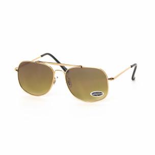 Кафяви опушени слънчеви очила златиста рамка