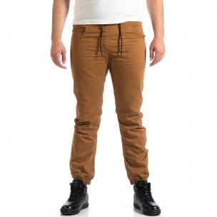 Мъжки Jogger панталон CROPP в цвят камел