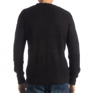 Мъжки черен пуловер с различни плетки 2