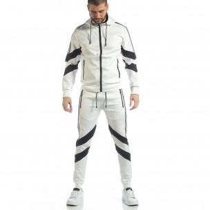 Мъжки бял спортен комплект с V ивици  2