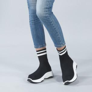 Черни дамски маратонки тип чорап с ленти