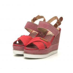 Дамски сандали червен деним на висока платформа 2