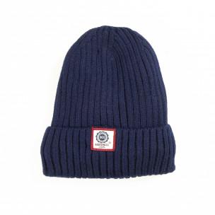 Зимна шапка в синьо с подплата