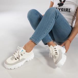 Ултрамодерни дамски маратонки в бяло Lovery