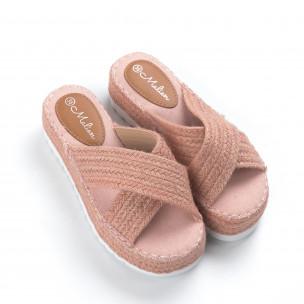 Плетени дамски чехли в розово 2