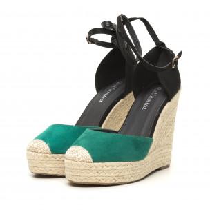 Дамски зелени сандали на висока платформа  2