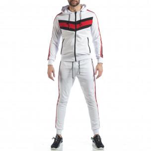 Бял мъжки спортен комплект с качулка и кантове 2