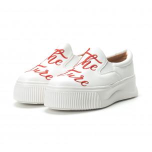Slip-on бели дамски кецове с червен надпис 2