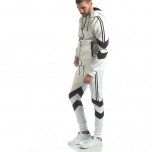 Мъжки бял спортен комплект с V ивици