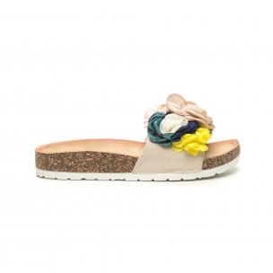 Бежови дамски чехли флорален дизайн