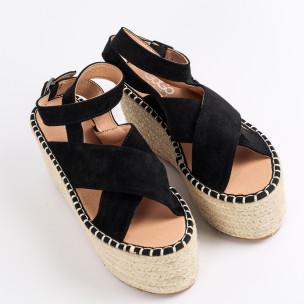 Дамски сандали на платформа в черно  2