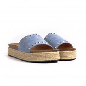 Дамски чехли с капси в синьо 2
