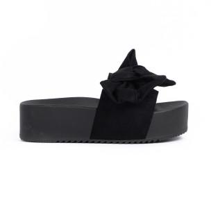 Черни дамски чехли на платформа с панделка