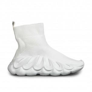 Slip-on бели маратонки релефна подметка Fashion&Bella