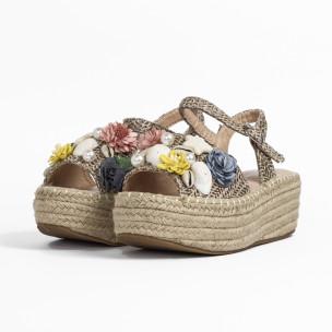 Дамски сандали в кафяво с декорация  2