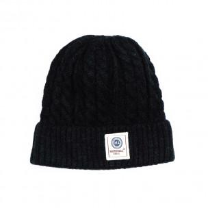 Мъжка черна шапка с плетеници