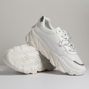 Дамски бели маратонки Vintage 2