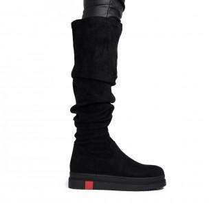 Текстилни дамски чизми в черно