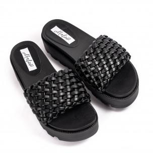 Дамски черни чехли на платформа с грайфер
