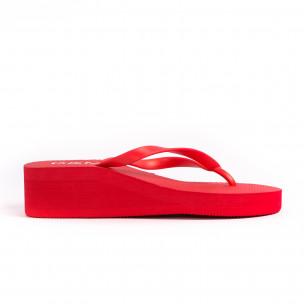 Дамски червени джапанки на платформа