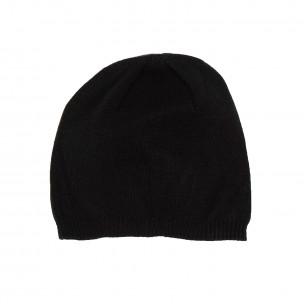 Basic мъжка плетена шапка в черно
