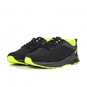 Черни мъжки маратонки с неонов акцент  2
