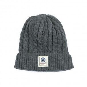 Мъжка сива шапка с плетеници