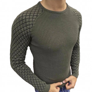 Милитъри зелен пуловер с реглан ръкав на ромбове