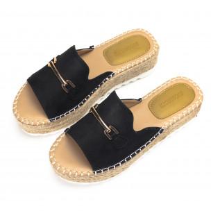 Дамски черни чехли със златиста катарама 2