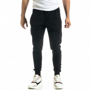 Мъжко черно долнище от стегнато трико
