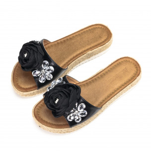 Дамски черни чехли с черна роза и цветенца от камъни  2