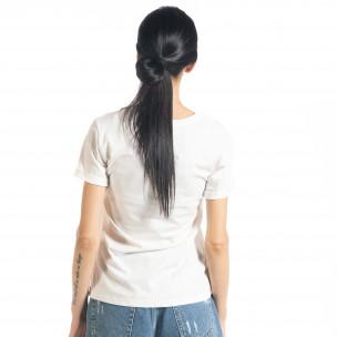 Дамска бяла тениска с апликация  2