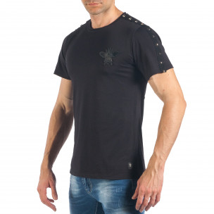 Мъжка черна тениска с апликация и капси  2