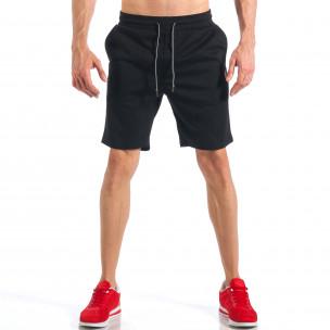 Мъжки черни шорти с апликация на крачола  2